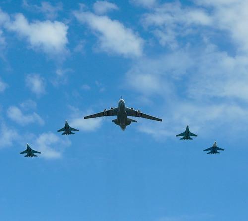 Открытка военные самолеты