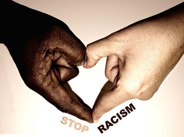 Открытка остановите расизм!