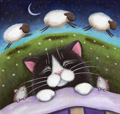 Открытка спит котенок
